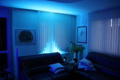 led ambientebeleuchtung wohnzimmer carprola for. Black Bedroom Furniture Sets. Home Design Ideas